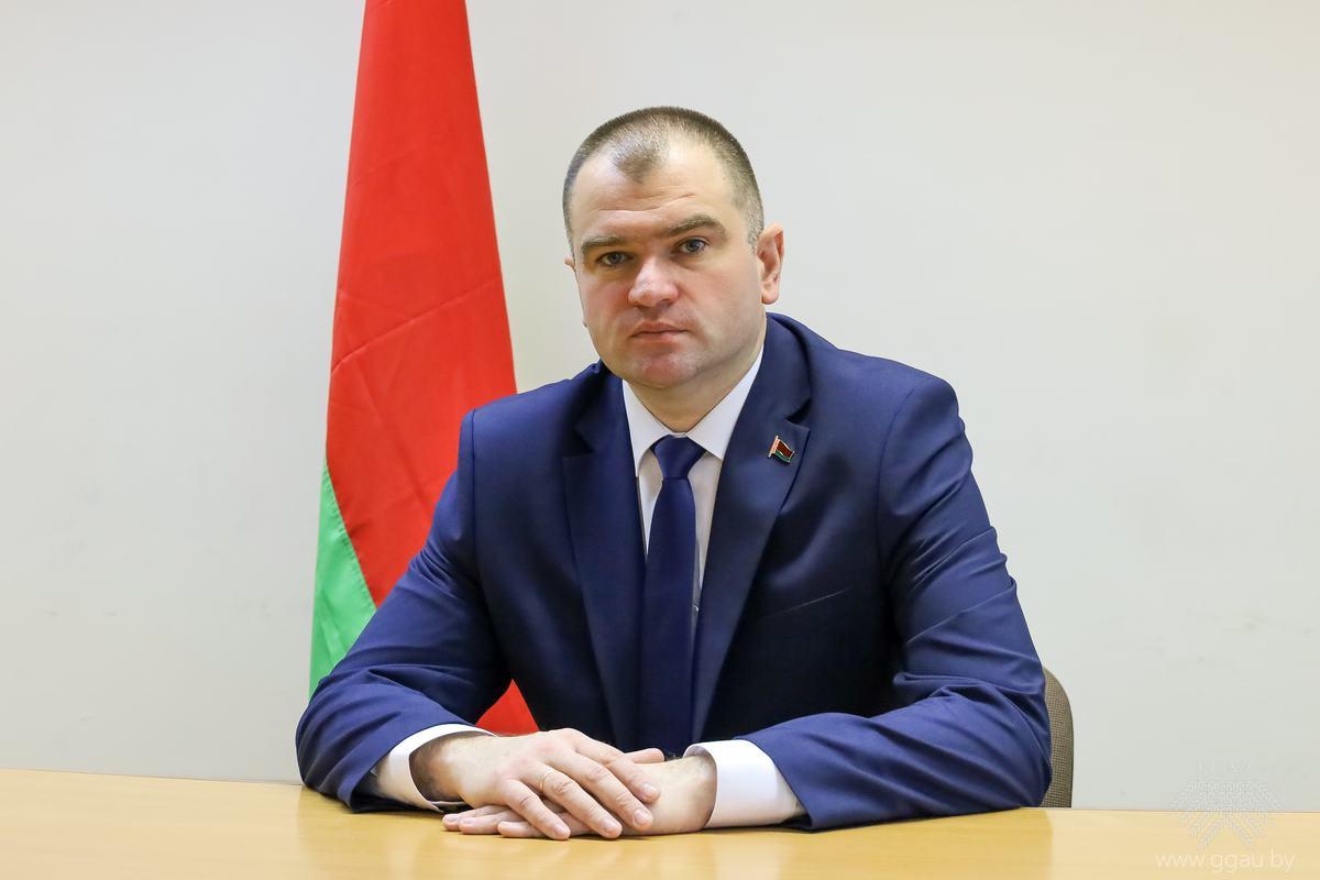 Ректор университета: ПЕСТИС Витольд Казимирович